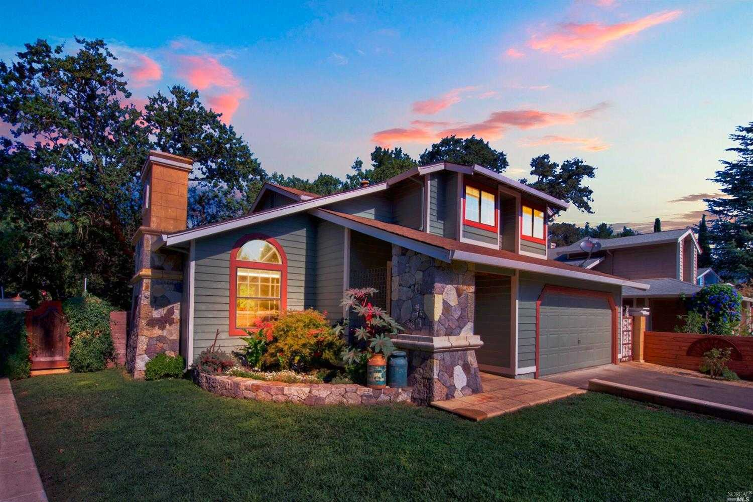 $759,000 - 3Br/3Ba -  for Sale in Calistoga