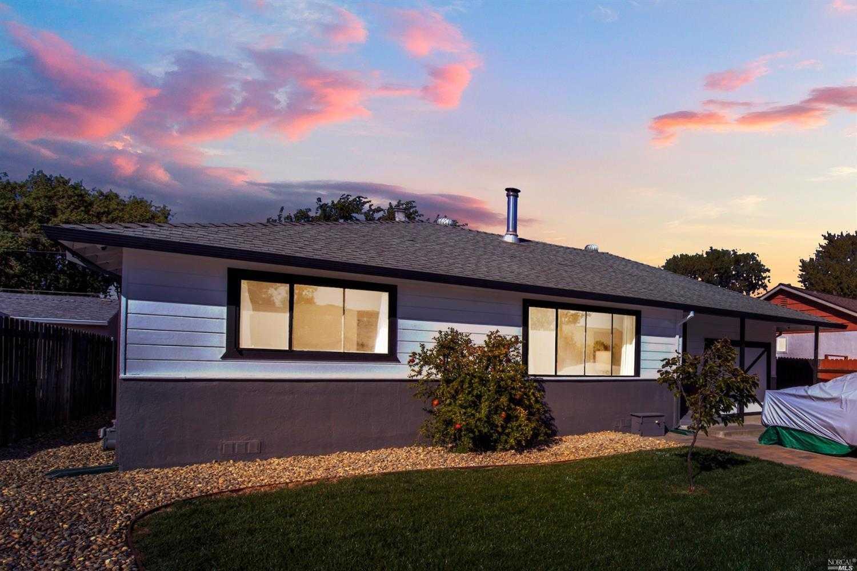 $320,000 - 3Br/1Ba -  for Sale in Arnold Park So, Fairfield