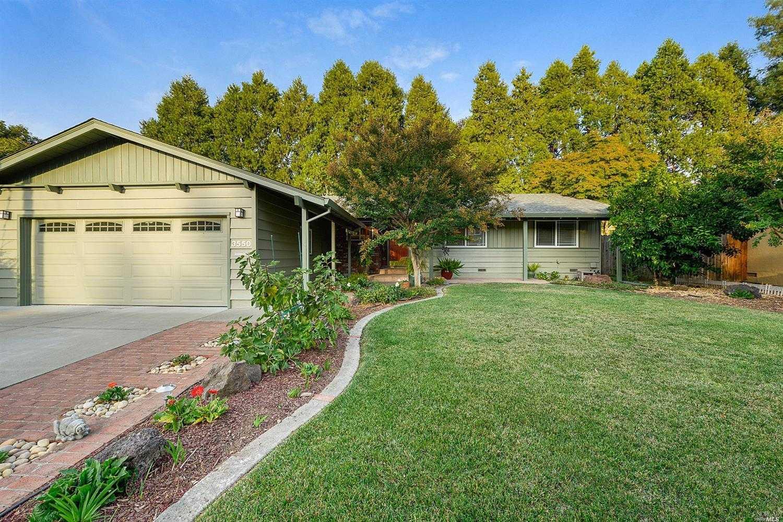 $699,000 - 3Br/2Ba -  for Sale in Redwood Village, Napa