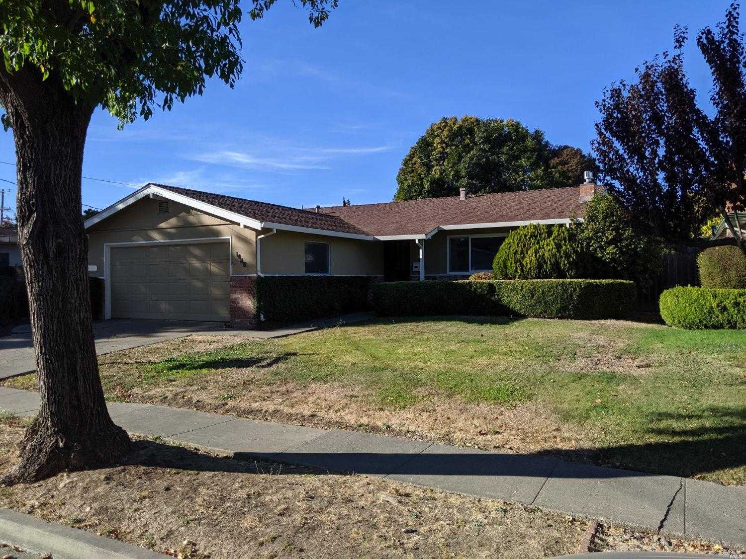 $580,000 - 3Br/2Ba -  for Sale in Napa