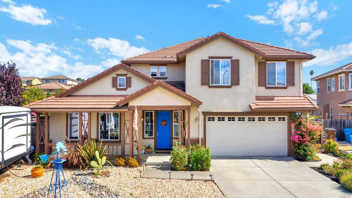 $709,000 - 4Br/3Ba -  for Sale in American Canyon
