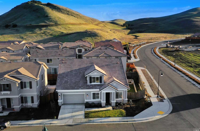 $625,000 - 4Br/3Ba -  for Sale in Fairfield