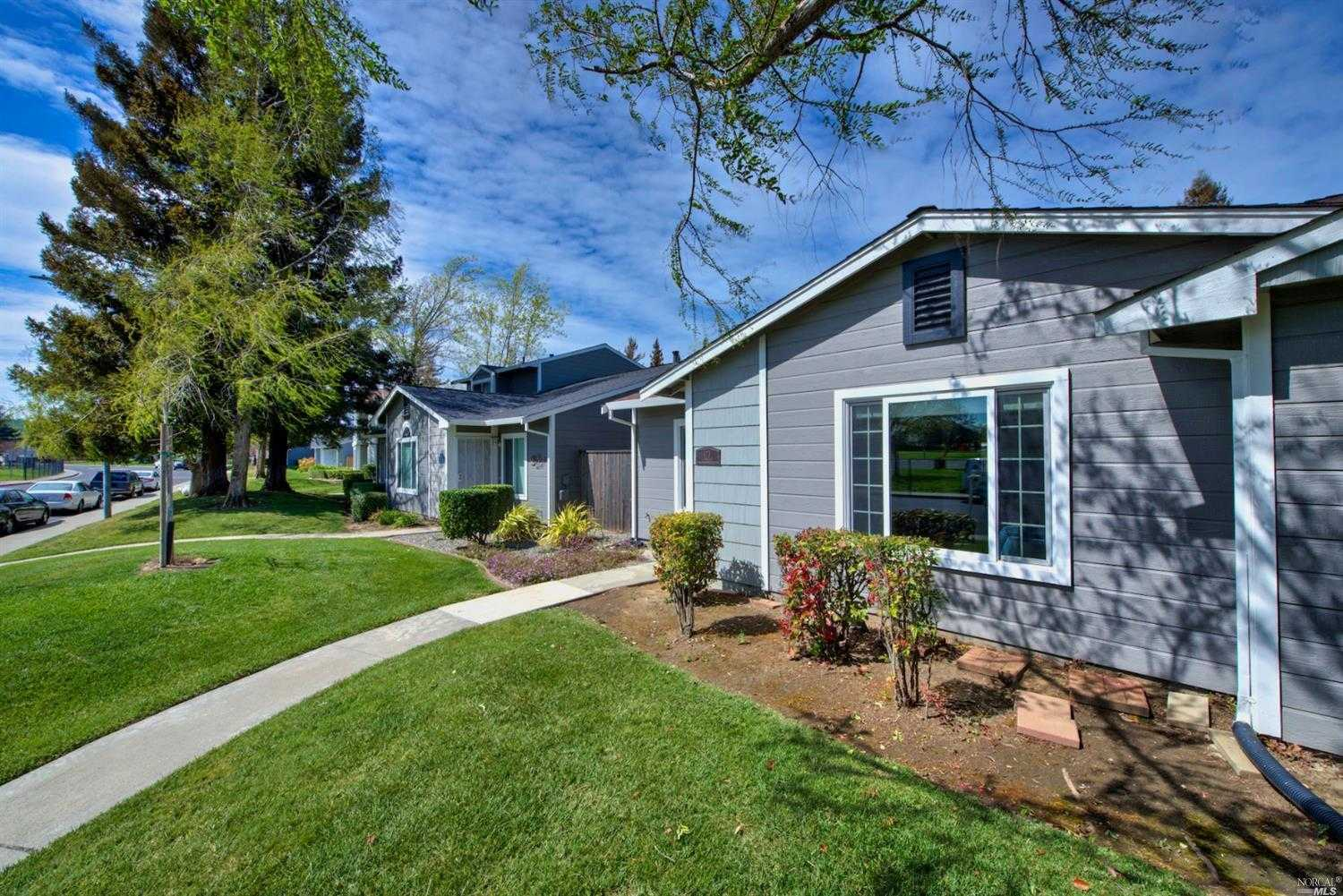 $374,900 - 2Br/2Ba -  for Sale in Vacaville