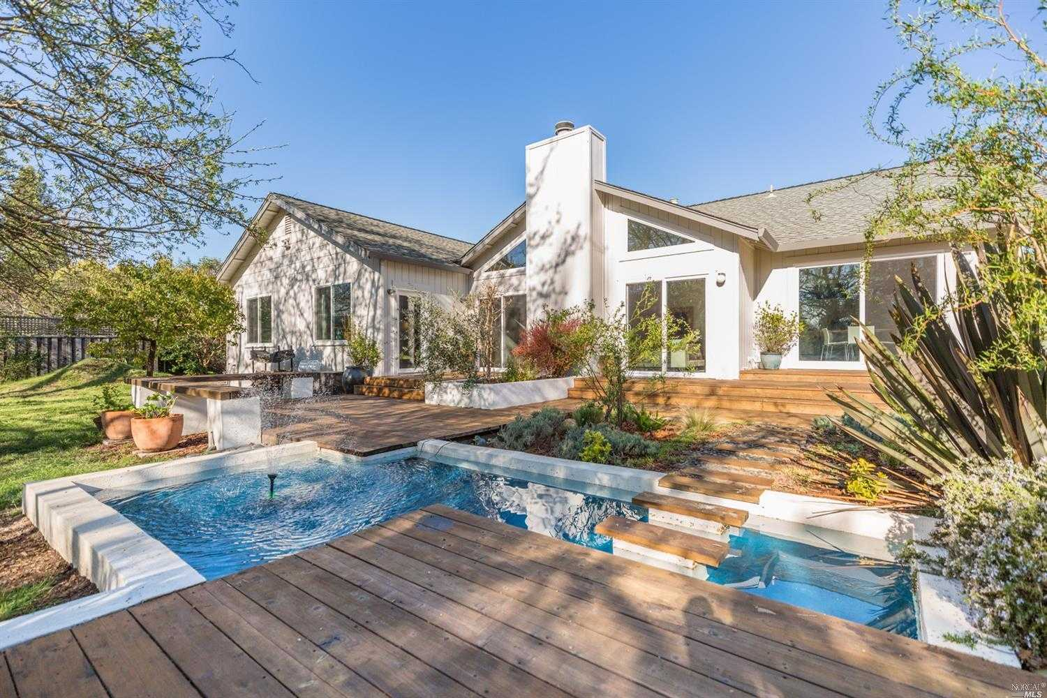 $1,650,000 - 3Br/3Ba -  for Sale in Kenwood