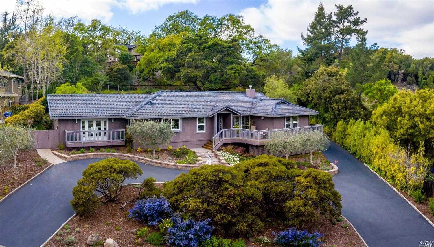 $1,300,000 - 3Br/3Ba -  for Sale in Napa