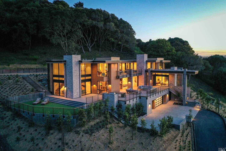 $7,577,000 - 5Br/8Ba -  for Sale in Tiburon