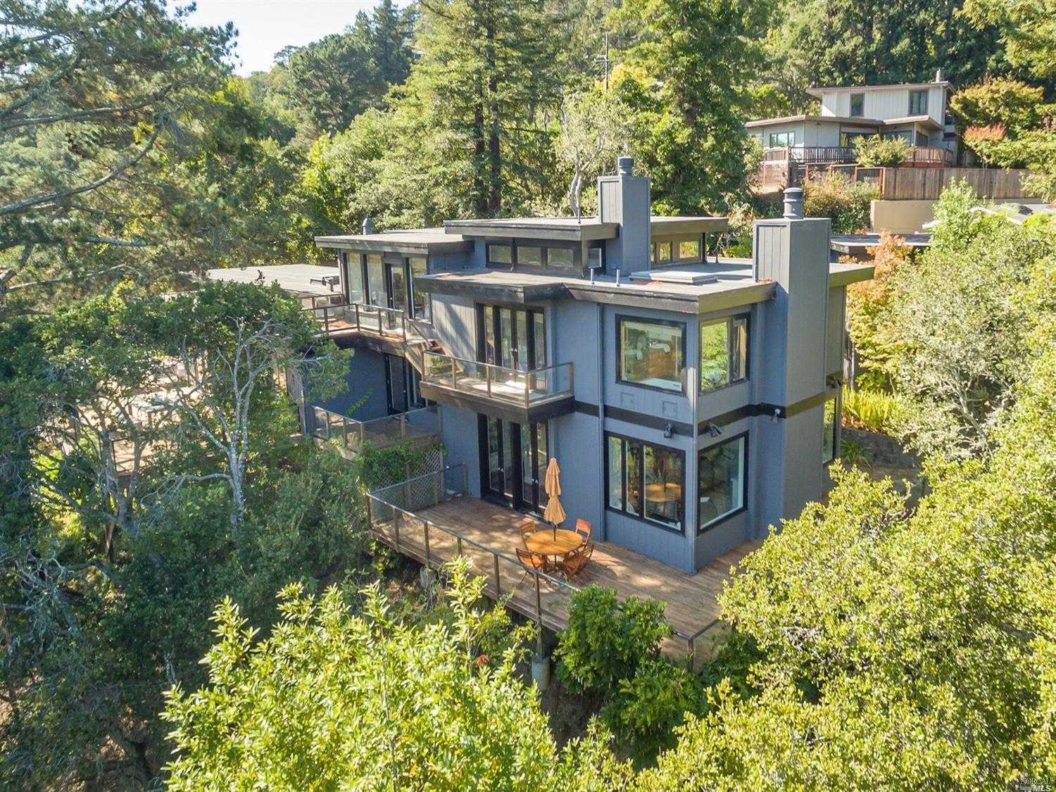 $3,195,000 - 3Br/4Ba -  for Sale in Mill Valley