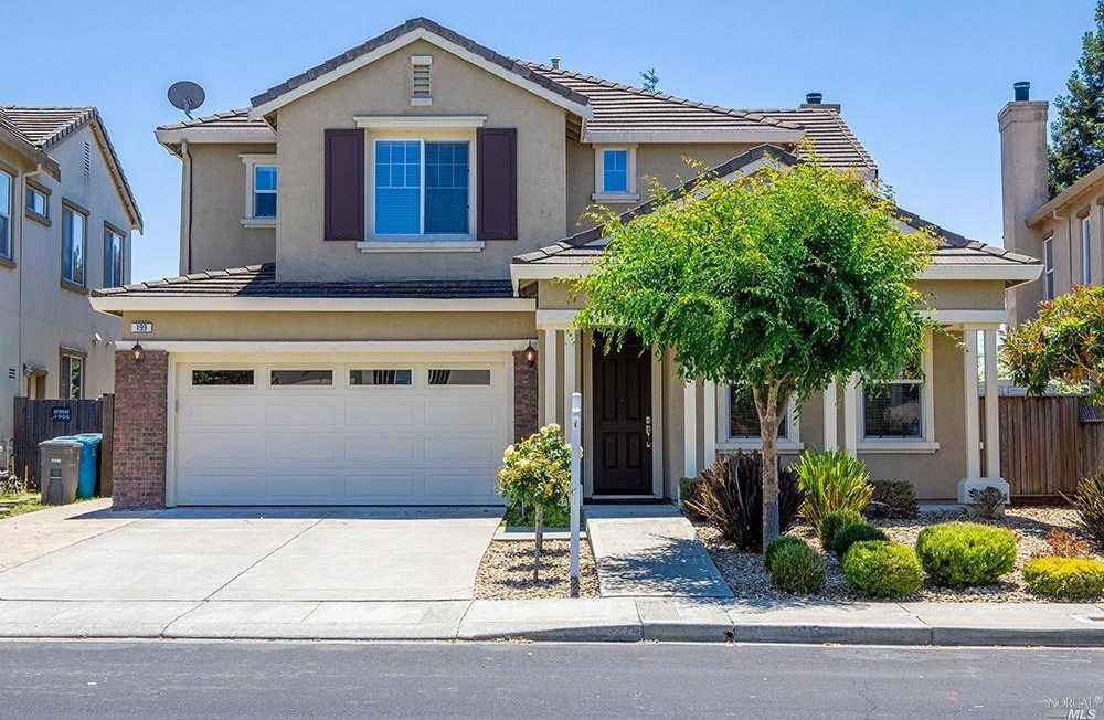 $700,000 - 5Br/3Ba -  for Sale in American Canyon