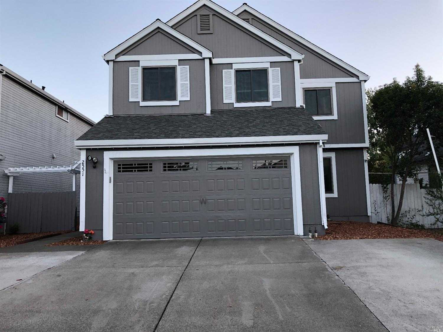 $499,000 - 4Br/3Ba -  for Sale in Fairfield