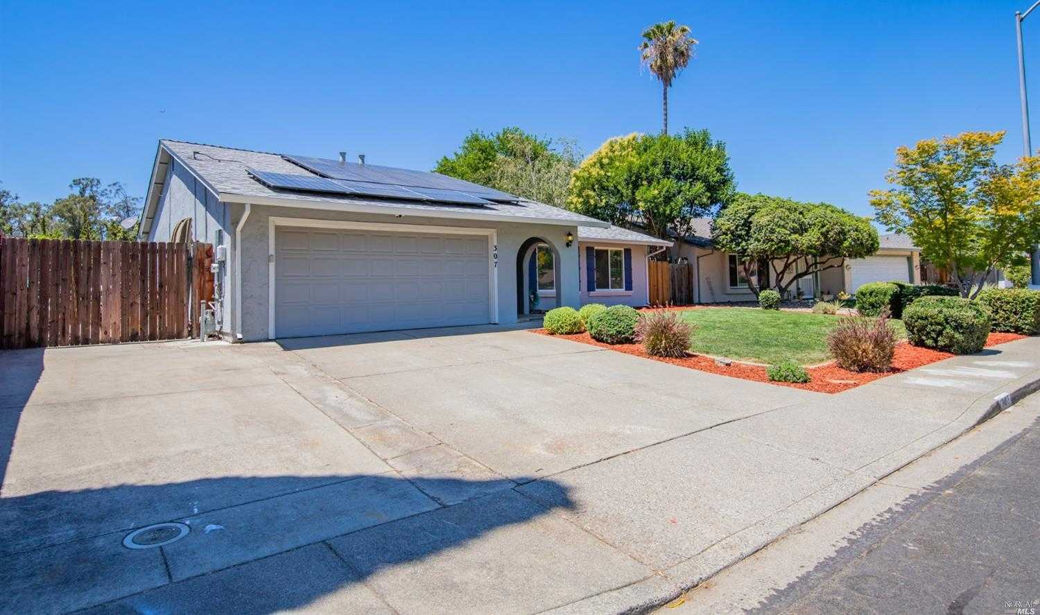 $442,500 - 3Br/2Ba -  for Sale in Vacaville