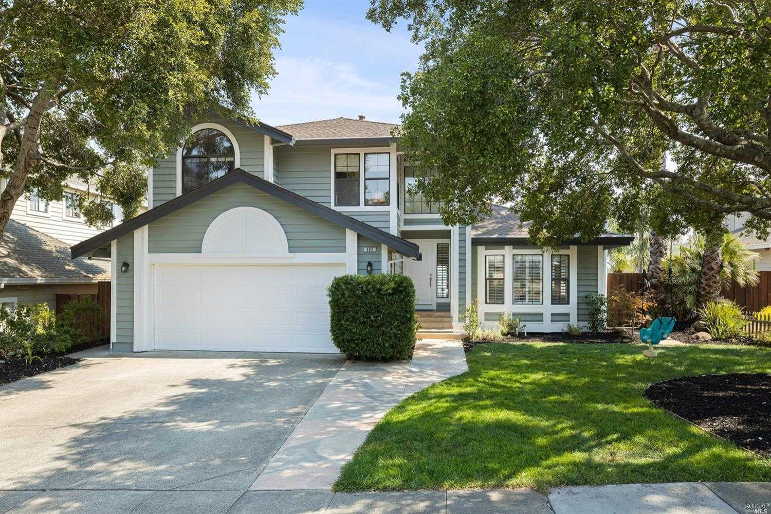$1,225,000 - 4Br/3Ba -  for Sale in Novato