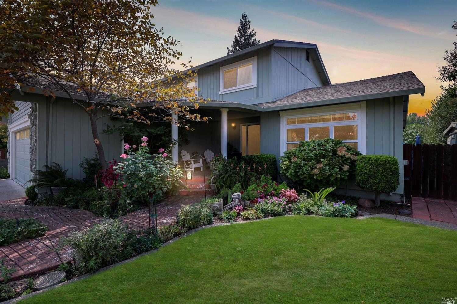 $649,000 - 5Br/3Ba -  for Sale in Vacaville