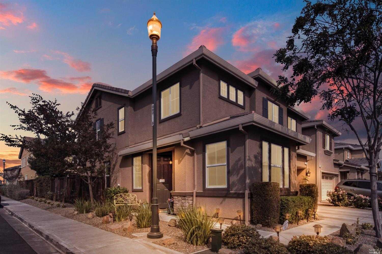 $515,000 - 4Br/3Ba -  for Sale in Fairfield