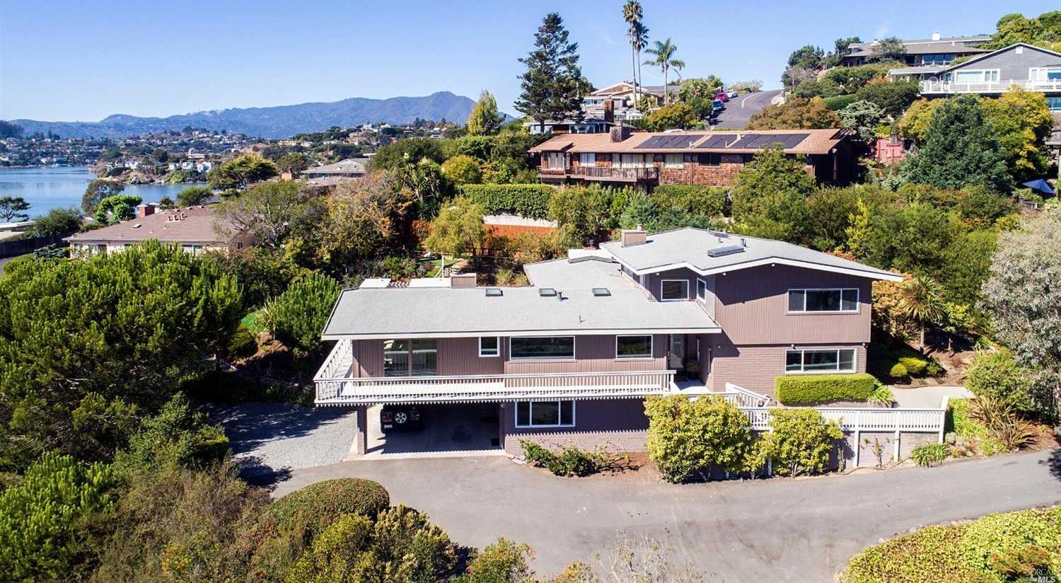 $3,095,000 - 5Br/3Ba -  for Sale in Tiburon