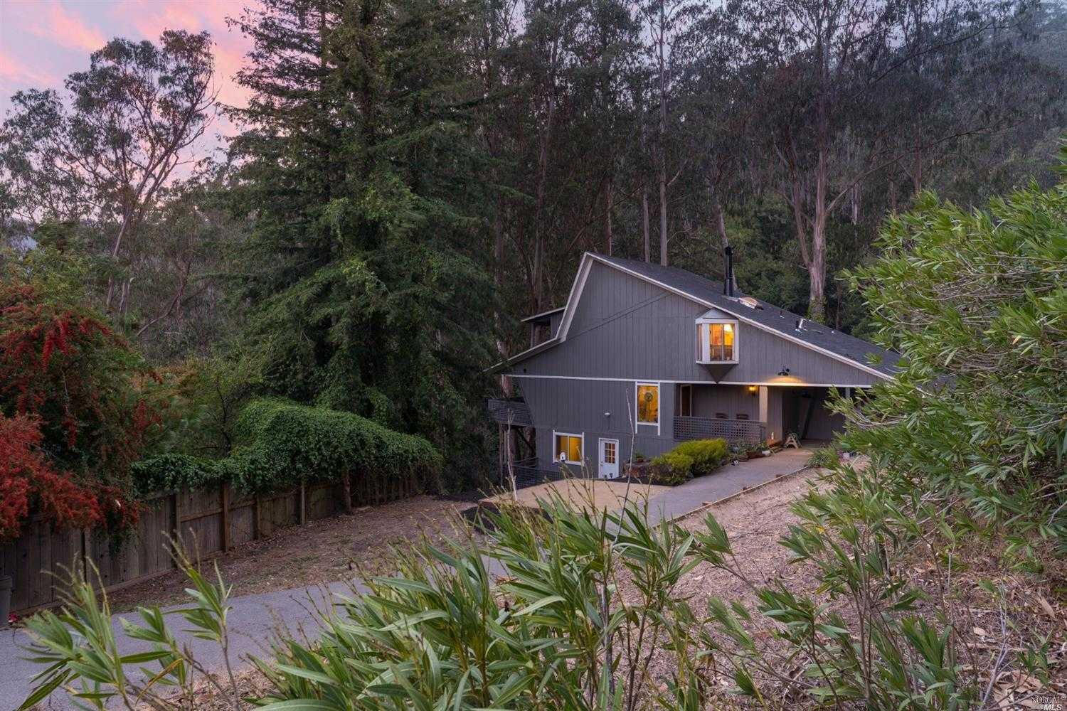 $1,488,000 - 4Br/3Ba -  for Sale in Mill Valley