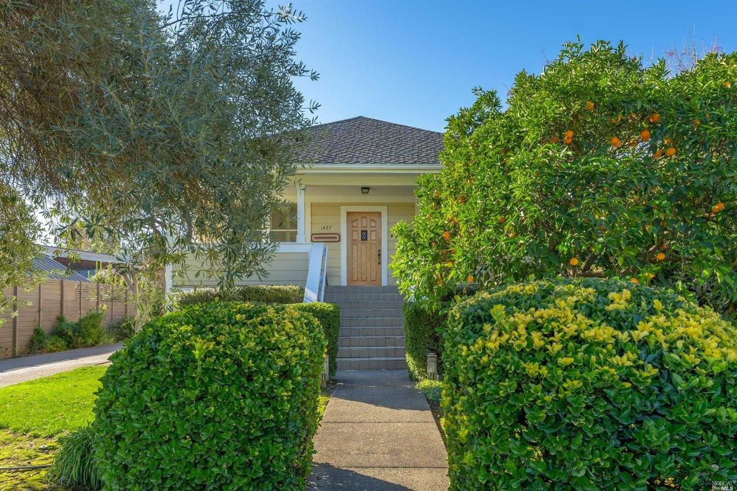 $2,295,000 - 3Br/3Ba -  for Sale in Saint Helena