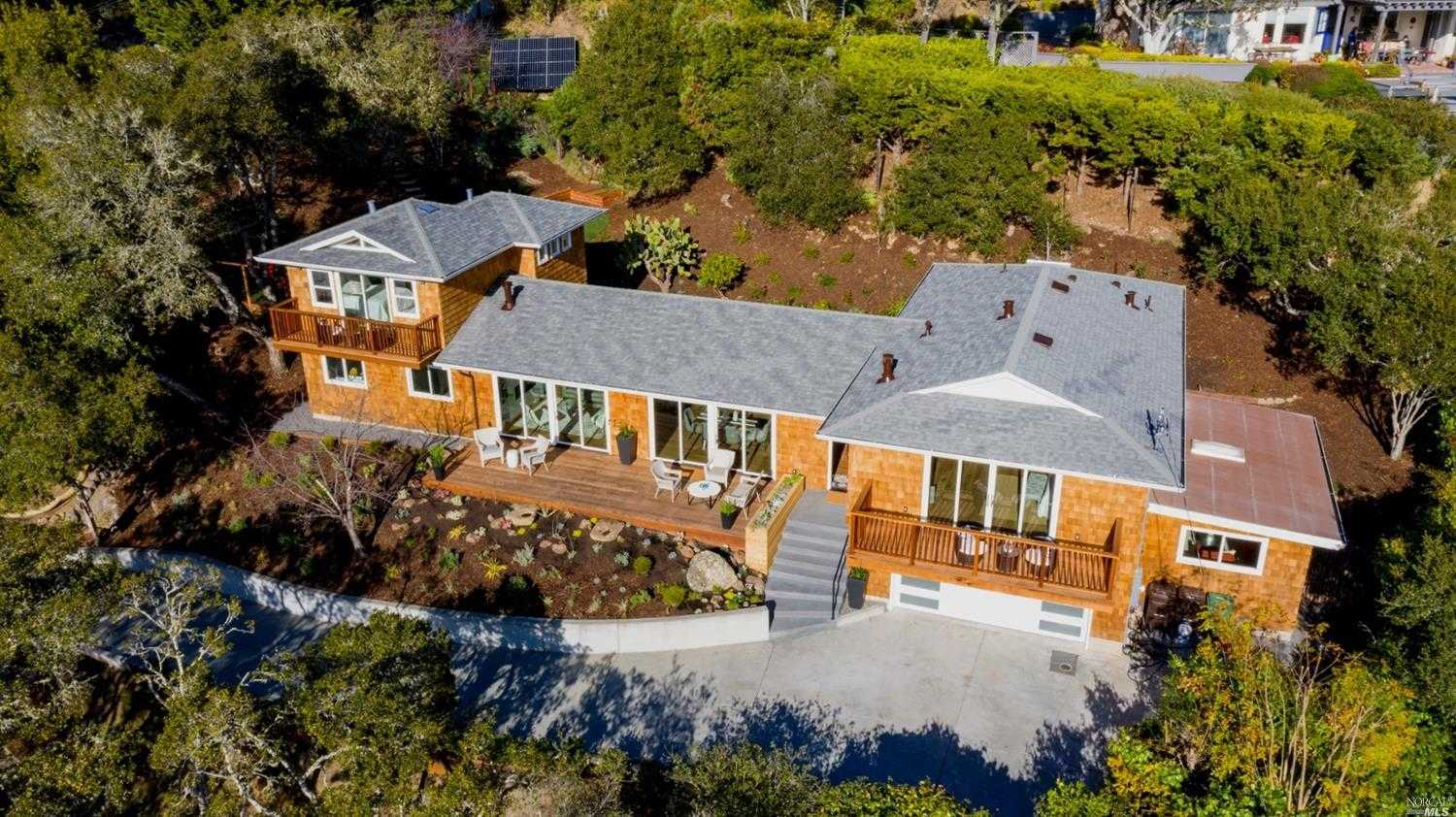 $3,749,000 - 4Br/5Ba -  for Sale in Mill Valley