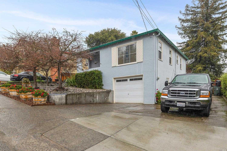 $799,000 - 3Br/2Ba -  for Sale in Petaluma