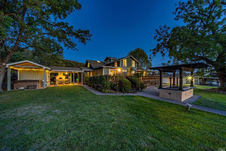 $1,825,000 - 5Br/3Ba -  for Sale in Santa Rosa