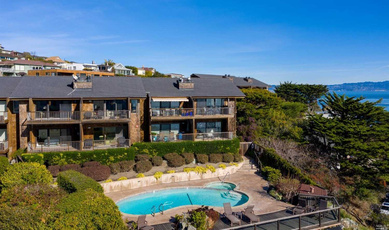$2,195,000 - 2Br/3Ba -  for Sale in Tiburon