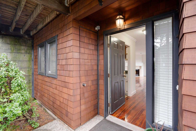 $625,000 - 1Br/1Ba -  for Sale in Sausalito