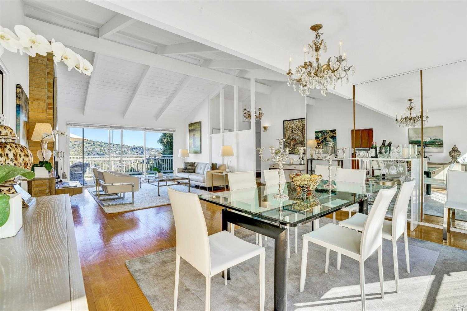$4,388,000 - 8Br/6Ba -  for Sale in Belvedere