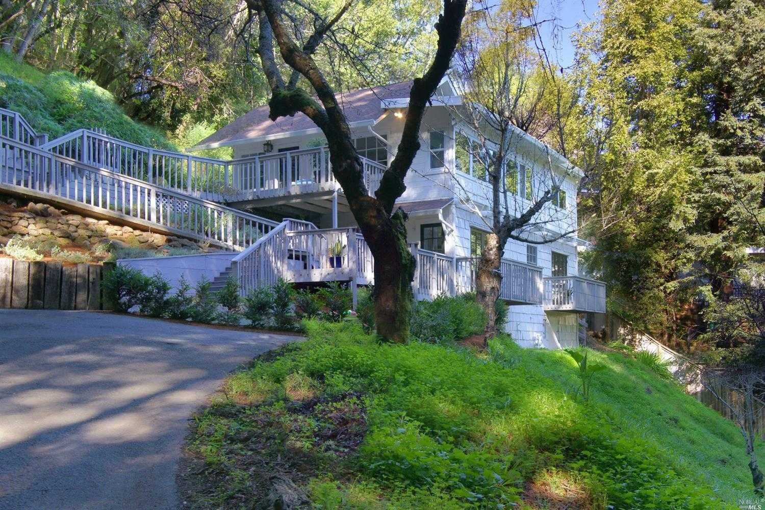 $1,395,000 - 3Br/2Ba -  for Sale in Corte Madera