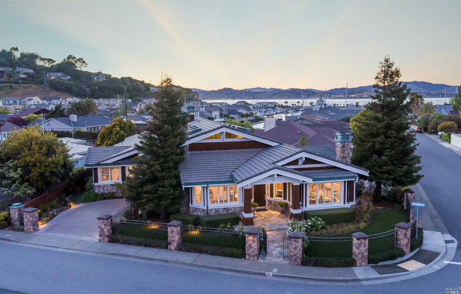 $3,595,000 - 4Br/4Ba -  for Sale in Paradise Cay, Tiburon