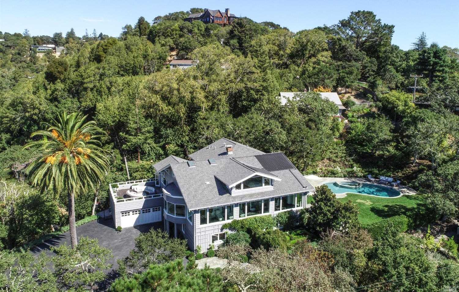 $7,795,000 - 6Br/6Ba -  for Sale in Ross