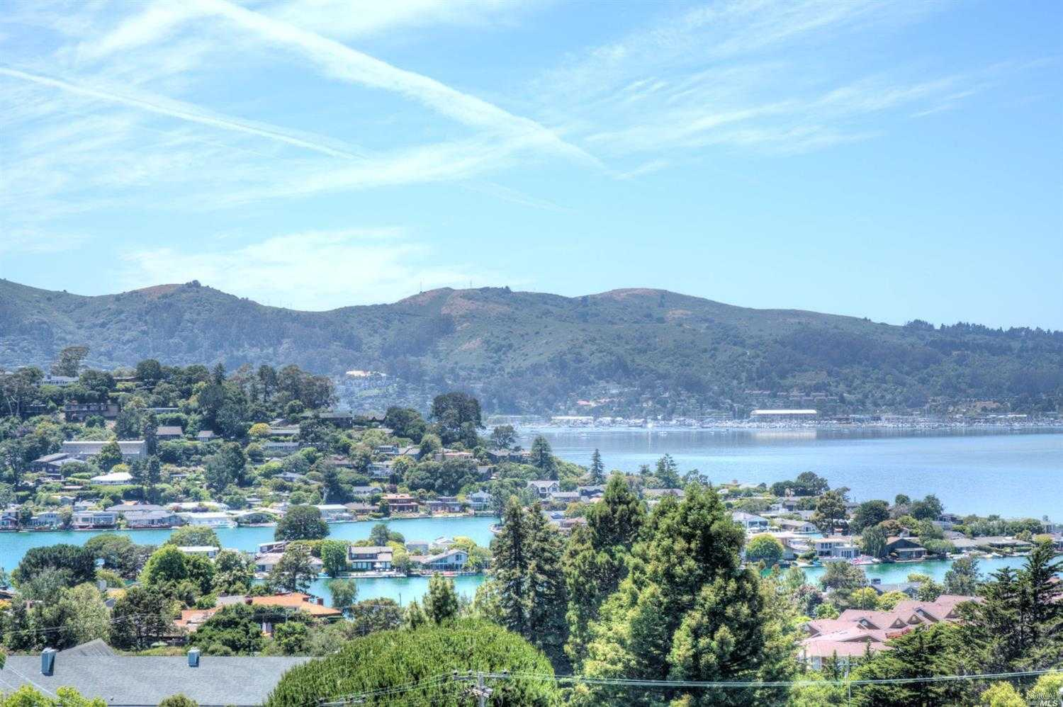 $890,000 - 2Br/2Ba -  for Sale in Tiburon