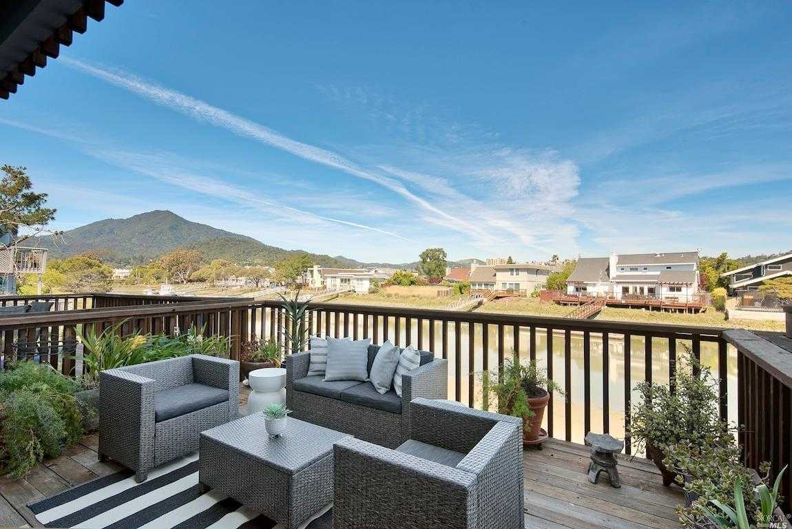 $925,000 - 2Br/3Ba -  for Sale in Corte Madera