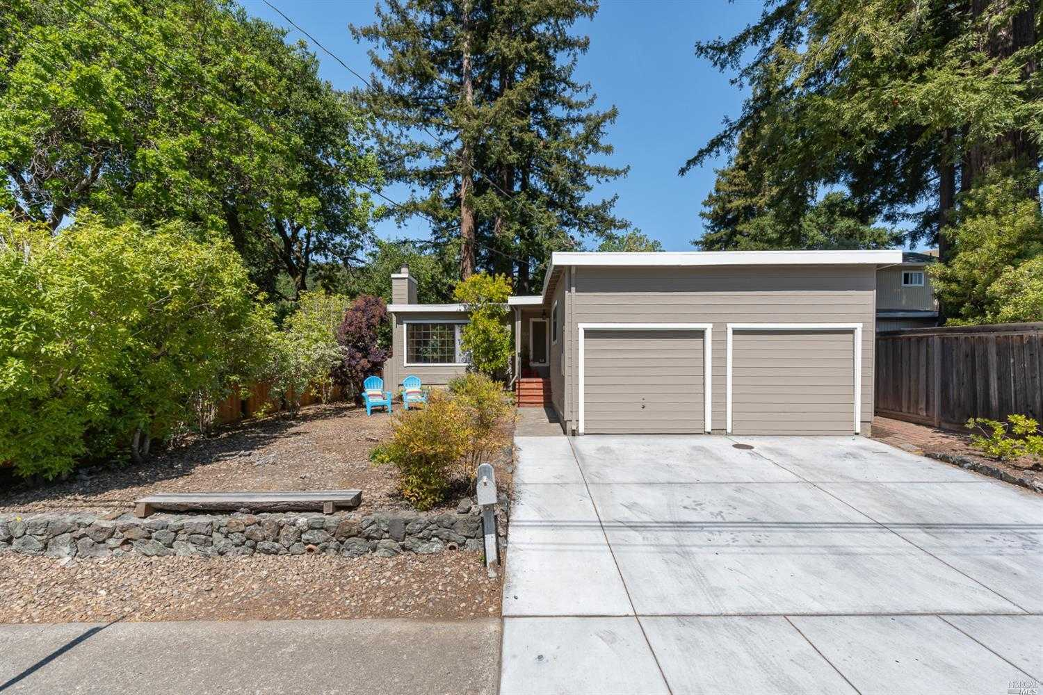 $1,095,000 - 3Br/2Ba -  for Sale in San Anselmo
