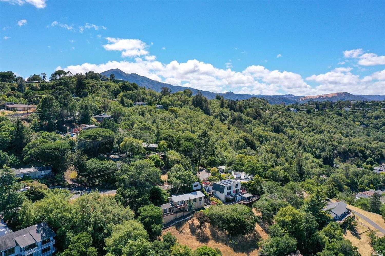 $1,395,000 - 3Br/2Ba -  for Sale in San Rafael