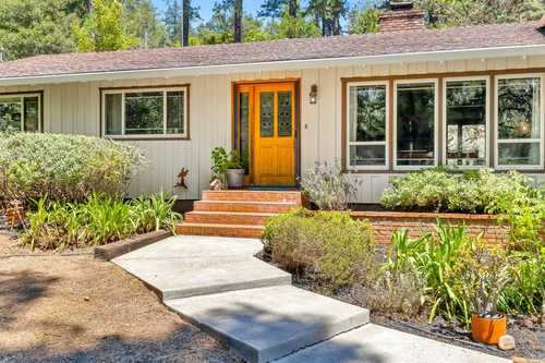 $746,000 - 4Br/3Ba -  for Sale in Angwin