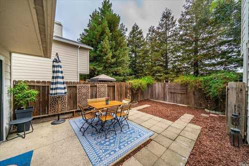 $469,000 - 2Br/3Ba -  for Sale in Redwood Garden South, Napa