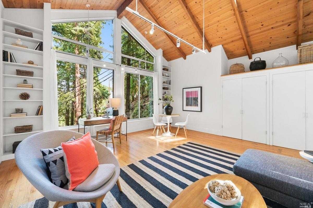 $1,395,000 - 3Br/3Ba -  for Sale in Corte Madera