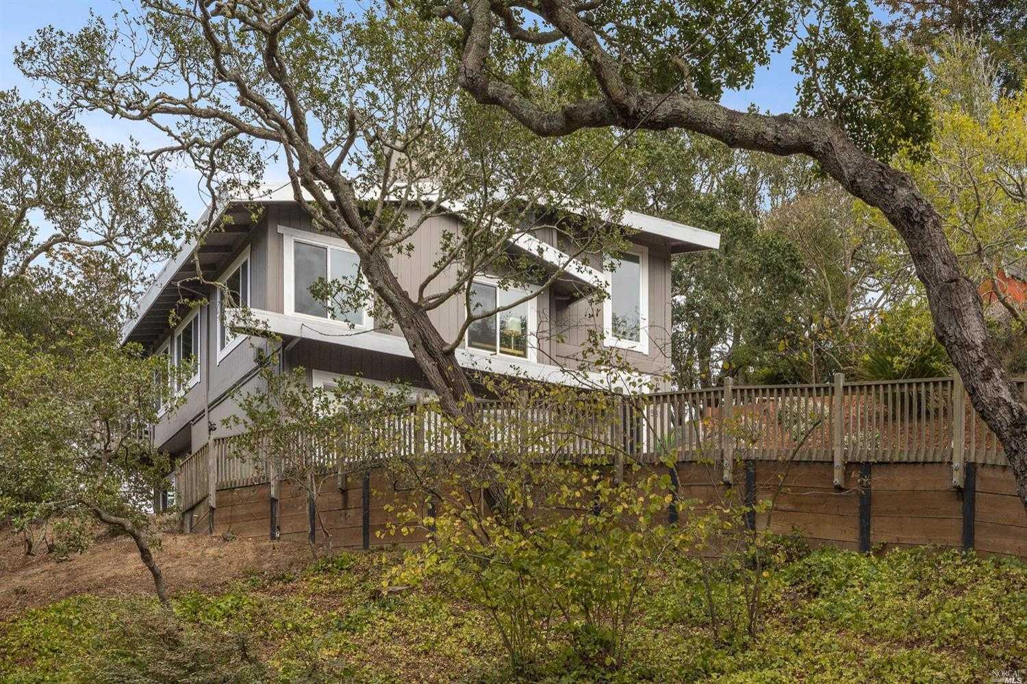 $2,295,000 - 5Br/3Ba -  for Sale in Mill Valley