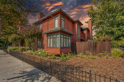 $699,000 - 2Br/3Ba -  for Sale in Elm Tree Townhouses, Napa