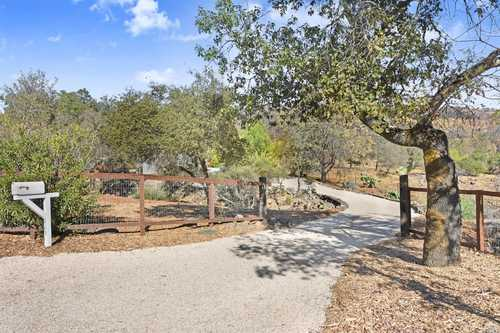 $1,150,000 - 3Br/2Ba -  for Sale in St. Helena