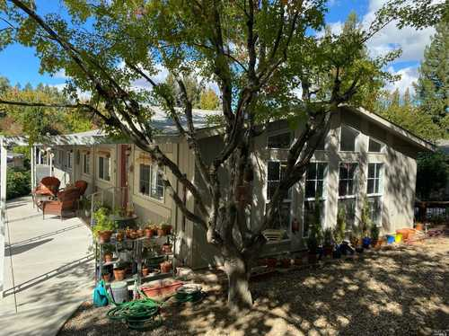 $390,000 - 3Br/2Ba -  for Sale in St. Helena