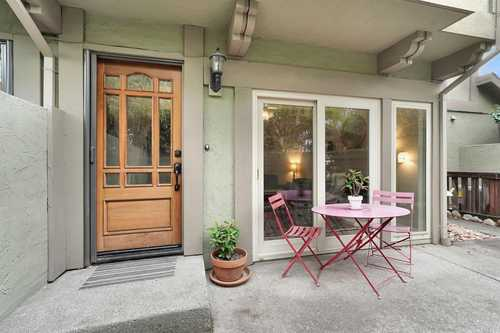 $780,000 - 3Br/3Ba -  for Sale in St. Helena