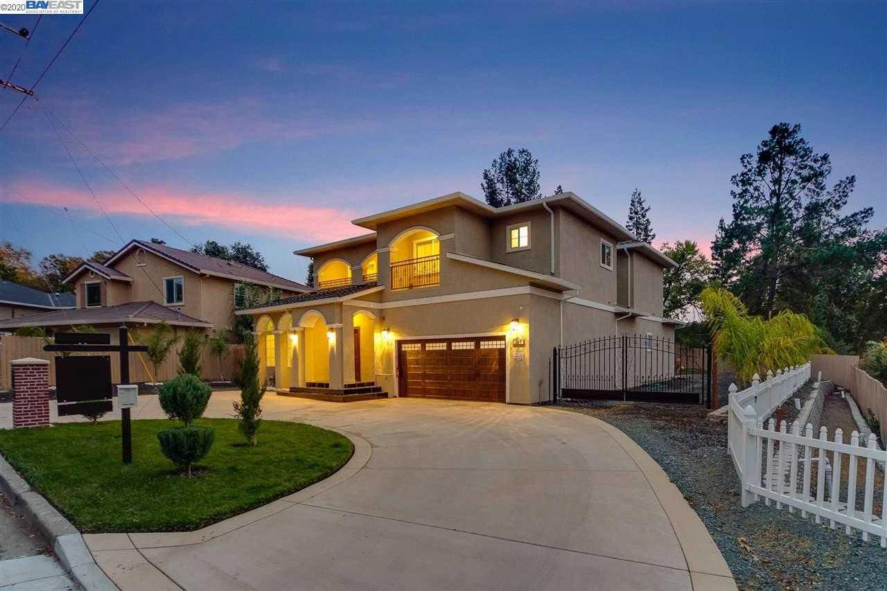 $1,749,000 - 5Br/5Ba -  for Sale in Cameo, Danville