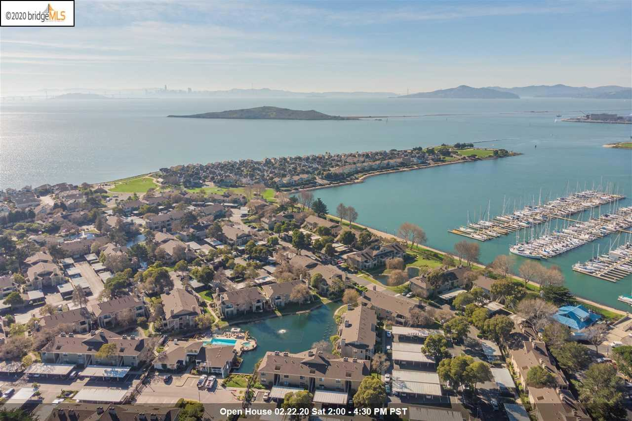 $875,000 - 3Br/3Ba -  for Sale in Sunset Pointe, Richmond