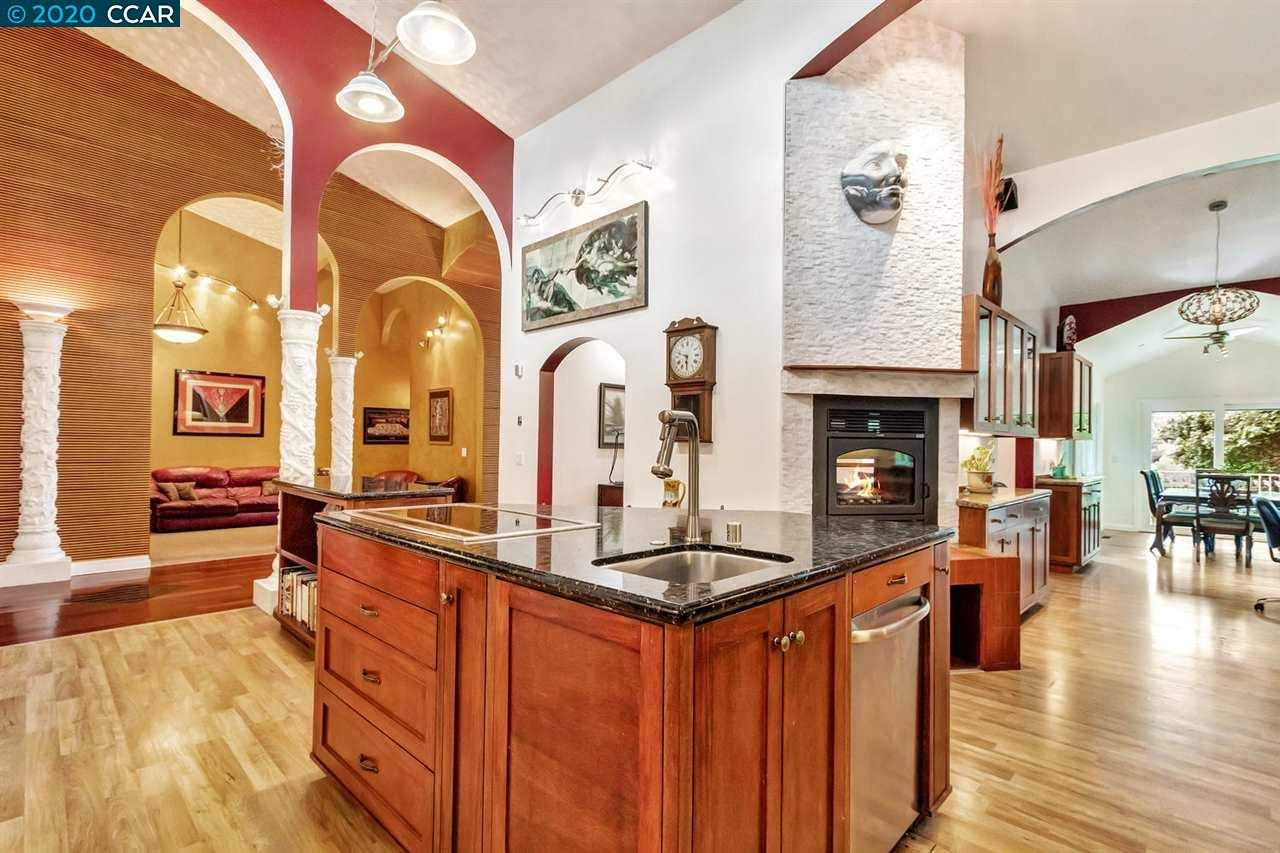 $2,980,000 - 5Br/4Ba -  for Sale in Other, Orinda