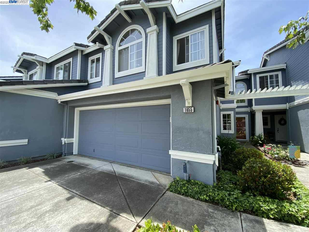 $760,000 - 3Br/3Ba -  for Sale in Portola Meadows, Livermore
