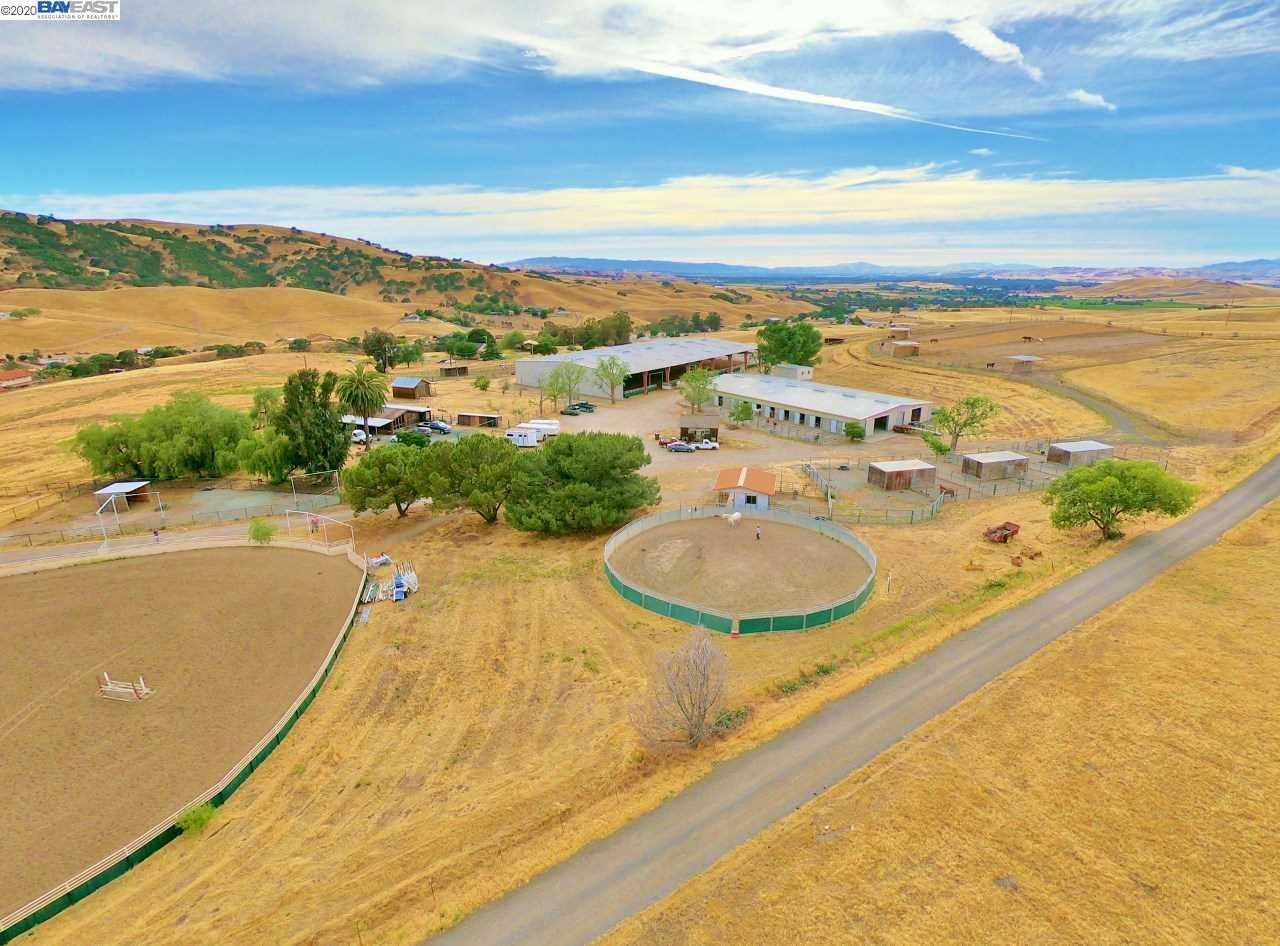 $4,500,950 - 2Br/2Ba -  for Sale in Ruralranch, Livermore