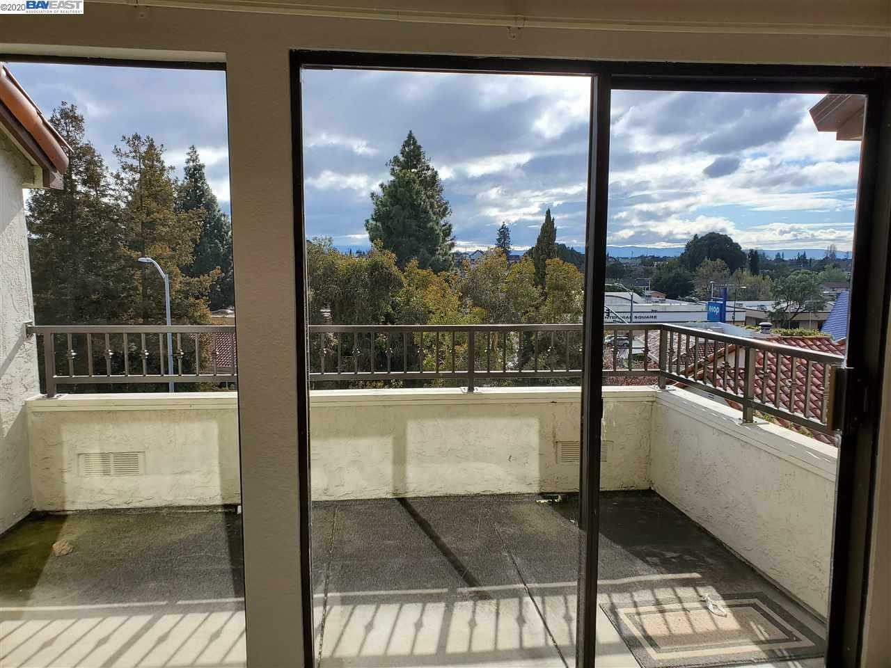 $525,000 - 2Br/2Ba -  for Sale in Downtown, Hayward