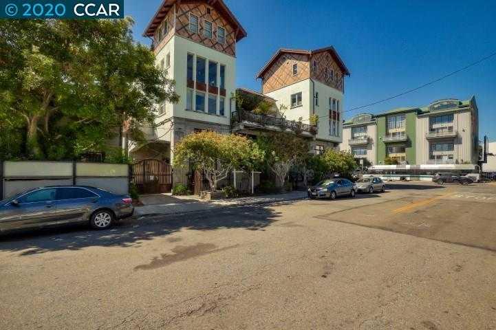 $700,000 - 2Br/3Ba -  for Sale in Oakland West, Oakland