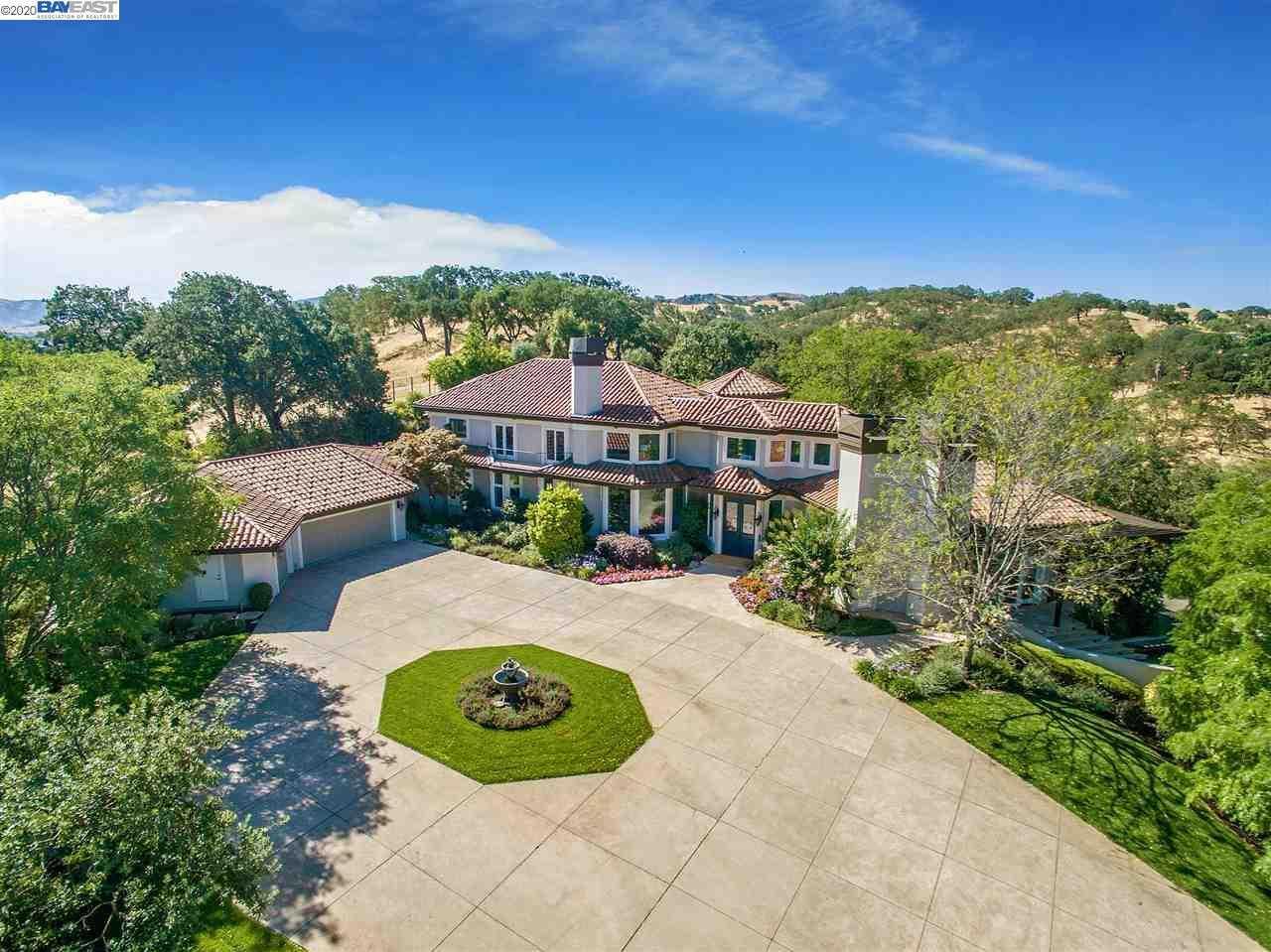 $4,250,000 - 4Br/4Ba -  for Sale in Country Vineyard, Pleasanton