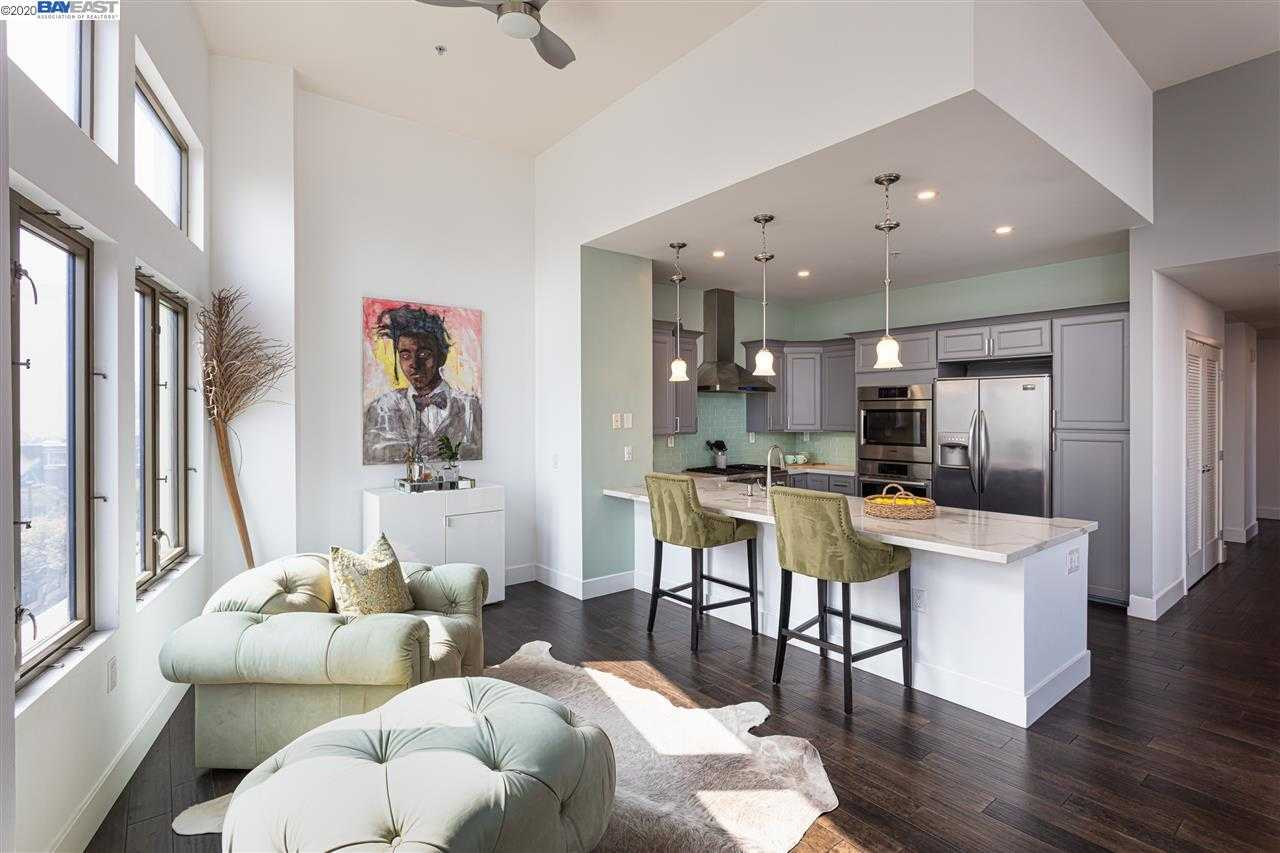 $1,099,000 - 2Br/2Ba -  for Sale in Uptown, Oakland